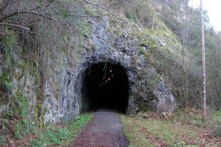 tunel-minero-en-lorone-colunga-asturias
