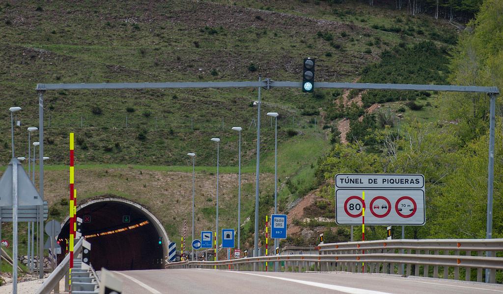 Túnel de Piqueras, Soria y La Rioja