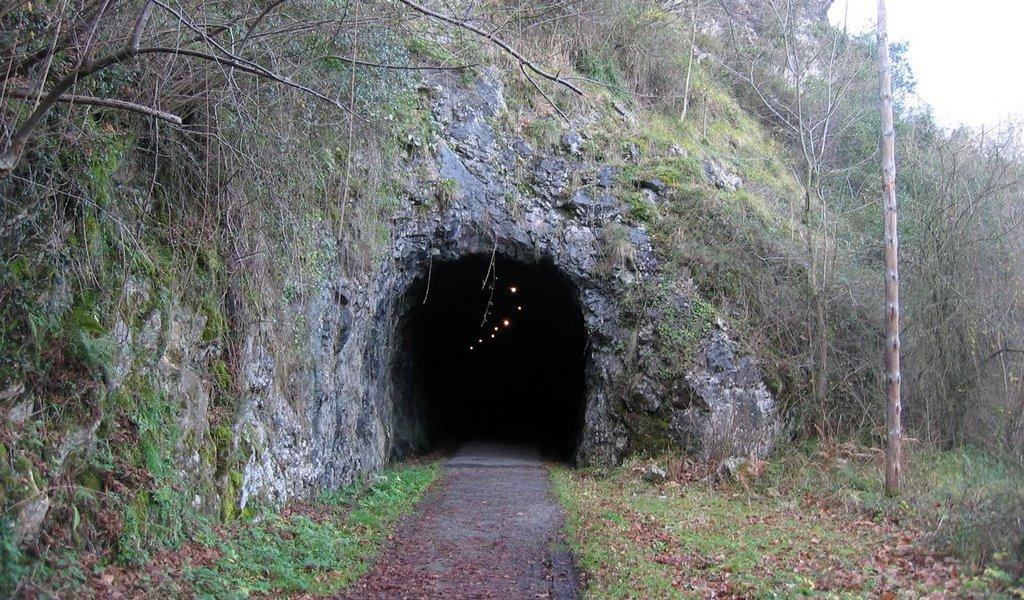 Túnel Minero en Loroñe